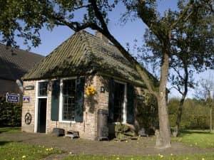 Beleef de geschiedenis van Drenthe - Fietswandelvakantie.nl